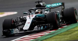Започна сезоната 2019 на Формула 1 – Хамилтон прв, трката продолжува