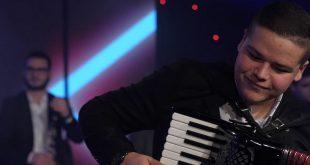 Младиот хармоникаш Костадин сними ново македонскo оро
