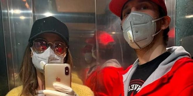Фото | Каролина Гочева под маска и со ракавици : Седи си дома!