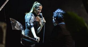 Видео | Каролина со емотивна изведба на најтажната балада од Тоше